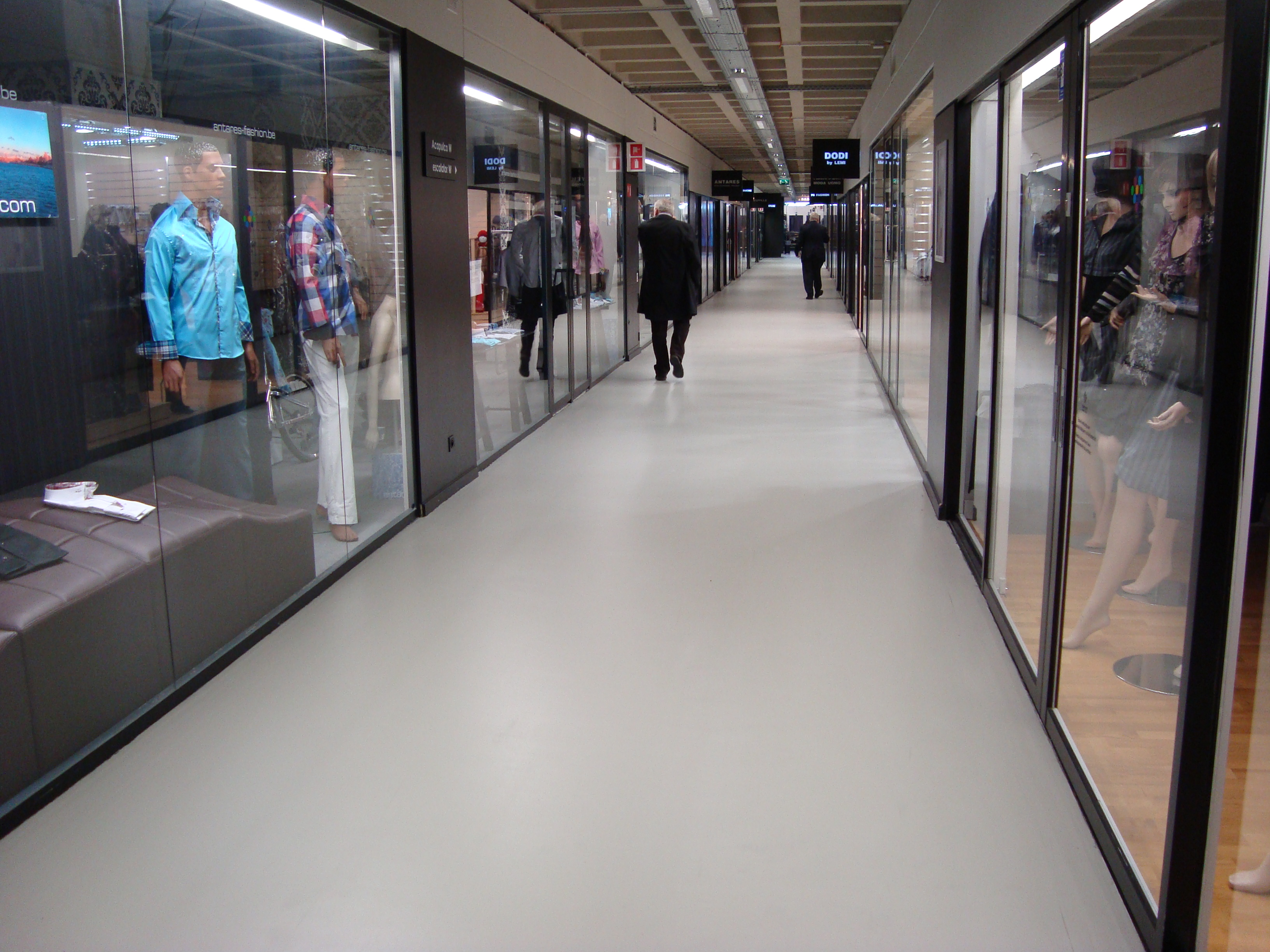 A shop floor that is easy to clean and stylish find your for 11th floor apparel